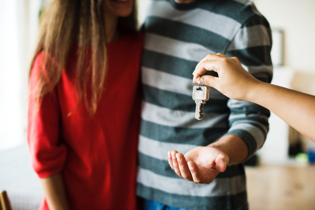 couple-keys-to-home